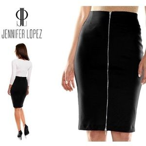NWOT Jennifer Lopez ZIP Front Pencil Black SKIRT